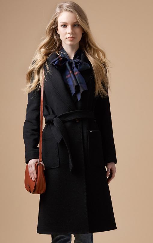 HAZZYS呢大衣尽显轻奢风格,柔软且充满女性的气息